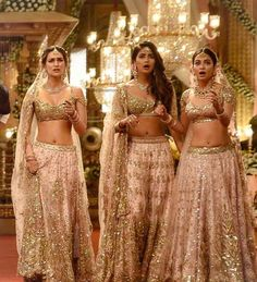 They are ruling hearts all around 😍💓 . Indian Bollywood Actress, Bollywood Actress Hot Photos, Bollywood Girls, Beautiful Bollywood Actress, Most Beautiful Indian Actress, Bollywood Celebrities, Bollywood Fashion, Indian Actresses, Bollywood Saree