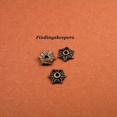 25  8 Antique Copper Bead Caps  bc071 by FindingsKeepers on Etsy