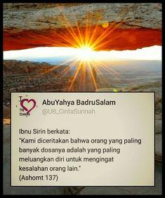 Muslim Quotes, Islamic Quotes, Text Quotes, Qoutes, Doa Islam, Simple Quotes, Believe In God, Islamic Pictures, Quran