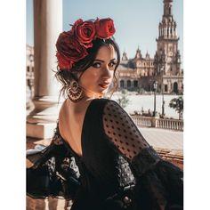 Spanish Dress Flamenco, Flamenco Dancers, Spanish Woman, Spanish Style, Fashion Line, Girl Fashion, Ganesh, Outfits Mujer, Spanish Fashion
