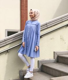Splendid Hijab Ideas For Working Modern Hijab Fashion, Hijab Fashion Inspiration, Islamic Fashion, Muslim Fashion, Modest Fashion, Fashion Outfits, Hijab Elegante, Hijab Chic, Modest Outfits