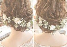 花嫁ヘアのベースとなる定番ブライダルヘアのアレンジまとめ Hair Arrange, Bride Hairstyles, Wedding Images, Gorgeous Hair, Flowers In Hair, Bridal Style, Indian Fashion, Bridal Hair, My Girl