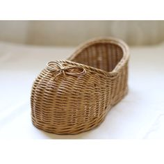 Rattan shoes Paper Weaving, Rattan Basket, Crafts, Home Decor, Lady, Shoes, Homemade Home Decor, Zapatos, Shoes Outlet