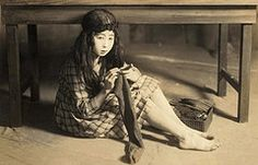 BAREFOOT GIRL UNDER A TABLE, KNITTING A SWEATER -- Private Scene of a Young Woman in Old Japan   Flickr - Photo Sharing!