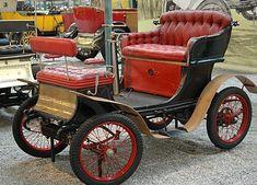 De Dion-Bouton Type E, voiture routière de 1901  La De Dion-Bouton Type E, cette automobile ancienne fut construite en 1901.