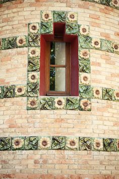 Sunflower tiles @ El Capricho de Gaudí, Comillas,  #Cantabria #Spain