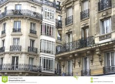 Very nice Parisian residence in an upper class Parisian neighborhood.