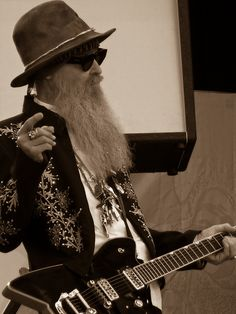 billy gibbons #gretsch #billybo #guitar- HE SHOULD GET ALONG WELL WITH THE ROBERTSONS OF DUCK DYNASTY DON'T YOU THINK?