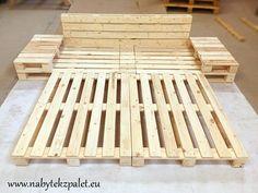 Postele | POSTEL 200x200cm se stolky | Netradiční stylový nábytek - nábytek z palet.