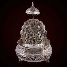 Fancy Jewellery, Silver Jewellery Indian, Silver Jewelry, Antique Metal, Antique Silver, Silver Pooja Items, Silver Lamp, Pooja Room Door Design, Hand Embroidery Flowers