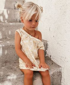 Cute Kids, Cute Babies, Baby Kids, Baby Boy, Cute Baby Pictures, Kid Styles, Beautiful Children, Baby Fever, Girl Fashion