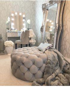 Top 20 Beegcom Top Bedroom Furniture Manufacturers, Home Design And Decor Austin Room Decor Bedroom, Interior Design Living Room, Living Room Decor, Bedroom Ideas, Interior Decorating, Mirror For Bedroom, Silver Bedroom, Warm Bedroom, Dining Room