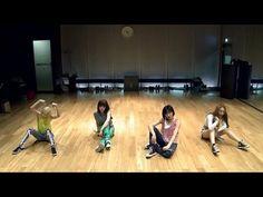 "2NE1 - ""FALLING IN LOVE"" Dance Practice (안무연습) - YouTube"