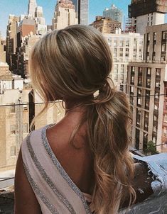12 Bridal Coiffure Concepts For Your Reception Classic Hairstyles, Crown Hairstyles, Elegant Hairstyles, Easy Hairstyles, Wedding Ponytail Hairstyles, Hairstyles Videos, Baddie Hairstyles, Dress Hairstyles, Bridal Hairstyle