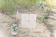 How to make a seating chart for your beach wedding day using a Cricut cutting machine and a Canon printer.