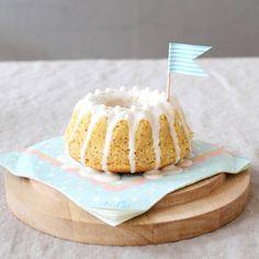 ....einmal Zitronenkuchen bitte. Jetzt sofort.Danke. #brittabloggt #brittaslife #meinfranzoseundich #esfehltdessert#cake#foodstyling #citroncake