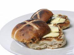 Irish hot cross buns recipe for run up to Easter  Read more: http://www.irishcentral.com/roots/food-drink/Irish-hot-cross-buns-recipe-for-Easter.html#ixzz2z6OoQbFA  Follow us: @IrishCentral on Twitter | IrishCentral on Facebook
