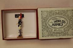 BRITAINS LEAD TYPES OF THE WORLD ARMIES BLUES & ROYALS TROOPER NO 49024 MIB | eBay