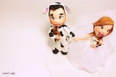 cake topper boda disfraz vaca www.nanascakes.cr
