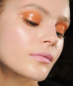 Smooth orange persuasion + pink lip