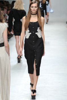 Carven Spring 2014 Ready-to-Wear Collection Slideshow on Style.com