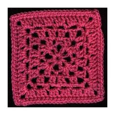Kingfield Square - A free Crochet pattern from jpfun.com.