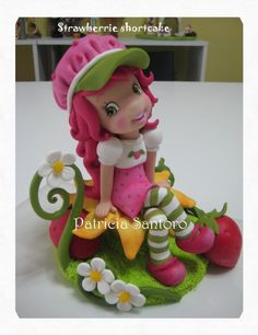Strawberry Shortcake. Strawberry Shortcake Party, Strawberry Cakes, Fondant Cake Toppers, Fondant Figures, Fondant Cakes, Cupcake Cakes, Clay Baby, Polymer Clay Dolls, Cake Decorating Tips