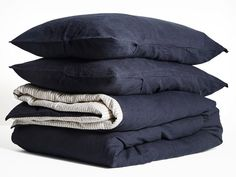 Timeless Navy linen for a strong calm look. Shop our beautiful range of pure French linen quilt covers available in King, Queen, Double, King Single and Single sizes and enjoy the widest range of linen colours online. Best Bedding Sets, King Comforter Sets, Luxury Bedding Sets, Linen Sheets, Linen Pillows, Linen Bedding, Bed Linens, Sheets Bedding, Grey Cushions