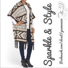✨Tribal kimono✨ Taupe open neck, kimono sleeve tribal pattern top with fringe detail.  •Heavy weight knit. •Acrylic fabric  •Hand wash Kimono Brand Sweaters