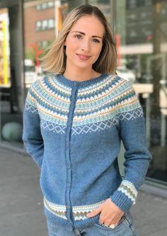 Garnpakke: Gretekofte i Alpakka Forte - Knitting Inna Double Knitting, Free Knitting, Crochet Stitch, Knit Crochet, Mosaic Knitting, Halloween Knitting Patterns, Honeycomb Stitch, Cardigan Design, Crochet Headband Pattern