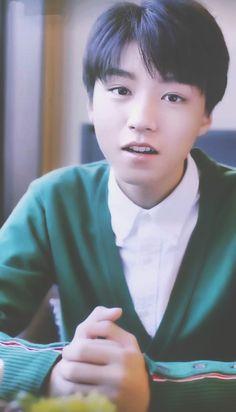 #王俊凯 #王俊凱 #boyband #karrywang #karry #wjk #wangjunkai #wangjunkai #TFBOYS #teen #cpop #cute #cool #sweet #visual #handsome #chinese #actor #hot #singer #actor #왕준카이 #왕준개 #music #babyface #VươngTuấnKhải #わんじゅんかい #ワンジュンカイ #celebrity #star #asianstar #movie 图片cr:logo