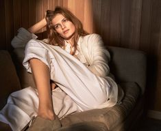 Model Signe Veiteberg relaxes in big-body comfort, tailored separates styled in classic colors by Lisa Lindqwister. Photographer Tobias Lundkvist is behind the lens for Elle Sweden February 2017.  http://www.anneofcarversville.com/style-photos/2017/1/25/tobias-lundkvist-captures-a-serene-signe-veiteberg-for-elle-sweden-february-2017