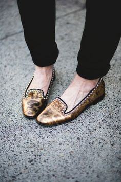 How cute are Sheri's golden goose flats?