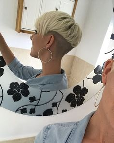 WEBSTA @ sdaisyw - Absolutely obsessed with the style!!! Even when the roots are growing out, a zero on the undercut and a quick trim always keep it feeling on point and fresh! #undercut #undercutpixie #pixie #blonde #hairofinstagram #backview #zero #girlswithpixies @nothingbutpixies @critiquegazette