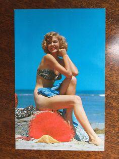 "Vintage Pin Up Girl Postcard - ""It's a lovely day"" - Unused Ephemera - Perfect Framed for Mancave! Vintage Labels, Vintage Postcards, American Slang Words, 1950s Pin Up, Pin Up Models, Lazy Sunday, Color Card, Popular Culture, Vintage Advertisements"