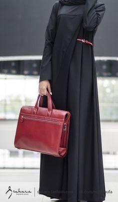 Burqa Designs, Abaya Designs, Chic Outfits, Fashion Outfits, Niqab Fashion, Mode Abaya, Muslim Women Fashion, Modest Wear, White Dress Summer