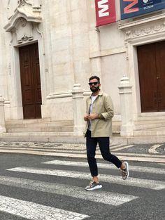 Oh hello week, let's do this! 😎 @_luizgoncalves_    #eurekashoes #eurekalovers #madeinportugal #handmadeinportugal #handmadeshoes #instadaily #shoelover #shoeaddicts #shoegram #instafashion #picoftheday #fashionisfun #lifestyle #stylegoals #locallymade #localhandmade #fashion #mondayvybes #helloweek