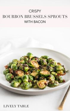 Step up your side dish game with crispy bourbon brown sugar roasted brussels sprouts with bacon! They're the most delicious brussels sprout recipe, and they turn even the pickiest eater into a brussels sprout fan. Healthy Side Dishes, Side Dish Recipes, Thanksgiving Side Dishes, Thanksgiving Vegetables, Thanksgiving Recipes, Thanksgiving 2020, Real Food Recipes, Healthy Recipes, Keto Recipes