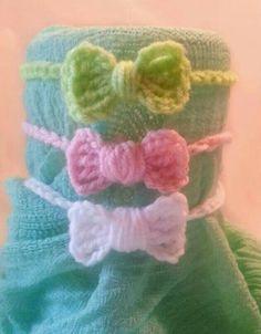 Newborn crochet bow headband