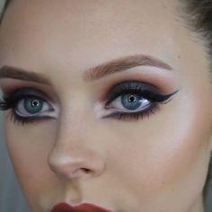 dance makeup Make Up Tips : Love this Black Swan inspired makeup! Stage Makeup Dancer, Dance Makeup, Theatre Makeup, Dramatic Wedding Makeup, Dramatic Eye Makeup, Bridal Makeup, Maquillage Black Swan, Black Swan Makeup, Ballet Makeup