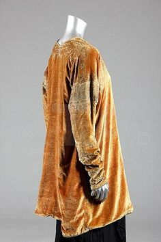 Mariano Fortuny stencilled velvet jacket, circa 1920-30s, Kerry Taylor Auction
