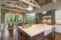 2015 NKBA People's Pick: Best Kitchen | Kitchen Ideas & Design with Cabinets, Islands, Backsplashes | HGTV