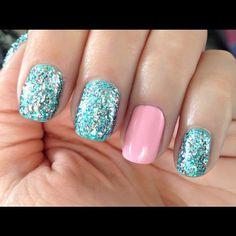 #Statigram #Instagram #nails #blue #glitter