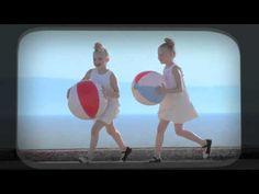 Eleni Foureira - Stou erota tin trela (Official Music Video) - YouTube