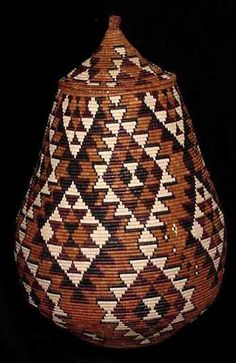 """Museum Quality African Zulu Art Basket (403a8) - Marriage Pattern. This basket is 63.5"""" around at its widest point, 31.5"""" tall with a 16"""" diameter. Certificate of Authenticity with Weaver's Name.  (Wedding Pattern)"""