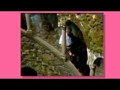 Sula Miranda em Portugal com a EXPLORE LATITUDES na Quinta da Regaleira - Sintra. Gravação sobre a Quinta da Regaleira - Sintra para programa de TV Brasileira com o apoio e guia da EXPLORE LATITUDES.