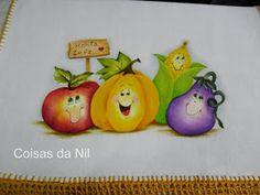 http://nilzozo.blogspot.com/2012/11/pano-de-copa-com-pintura-de-legumes-e-croche.html