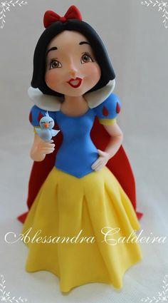 Snow White | Alessandro Caldeira | Gumpaste Figures