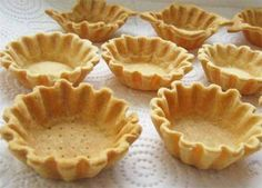 The coolest dough for crumbly baskets. So delicious that you do not want to experiment anymore! Russian Desserts, Russian Recipes, Muffins, Sweet Pastries, No Bake Cake, Sweet Recipes, Baking Recipes, Food To Make, Bakery