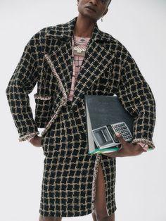 Nagi Sakai for Vogue Spain with Debra Shaw   Fashion Editorials Magazine Editorial, Editorial Fashion, Vogue Spain, Business Photos, Office Looks, White Fashion, Fashion Stylist, Minimalist Fashion, Fashion Photography